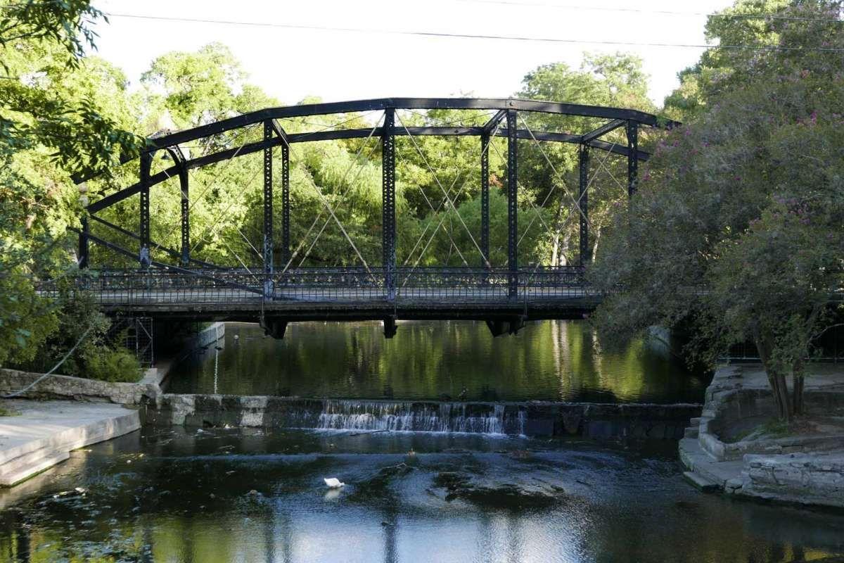 Free tours to reveal San Antonio history